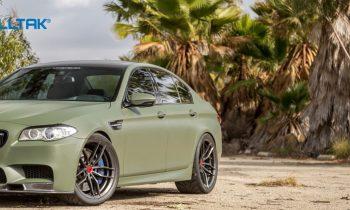 O verde militar está de volta. Aposte na cor e deixe o seu carro super estiloso!